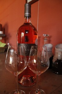 Dégustation de vin au Domaine Les Perpetus (2)